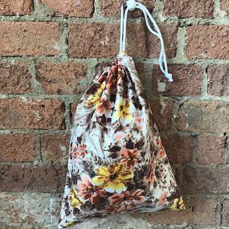 Olivia drawstring bag: Sewing Kit
